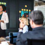 cómo destacar en la empresa