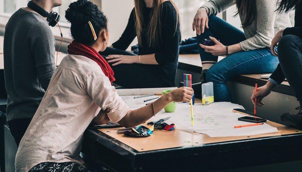 motivar-a-los-jovenes-para-perseguir-su-profesion